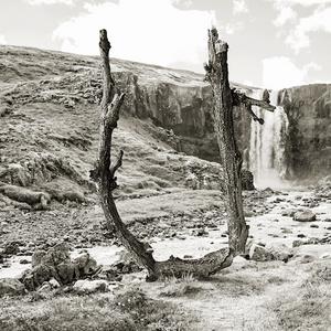 Rubén Chumillas, letur, leturgerð, Þingeyri, list, Dýrafjörður, Vestfirðir, Blábankinn, Arnhildur Lilý Karlsdóttir, úr vör, vefrit