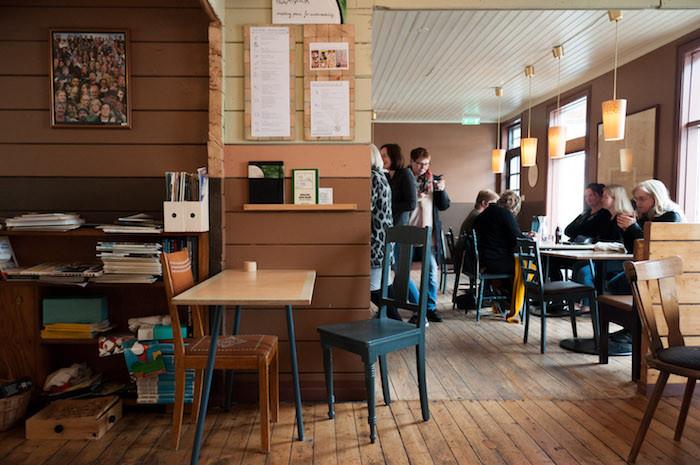 Heimabyggð, Ísafjörður, kaffihús, menning, landsbyggð, Vestfirðir, Julie Gasiglia, úr vör, vefrit