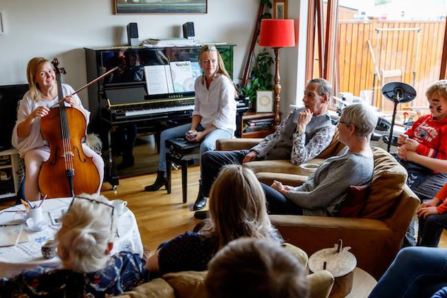 Akureyrarvaka, Akureyri, Helga Gunnlaugsdóttir, list, menning, landsbyggðin, norðurland, úr vör, vefrit