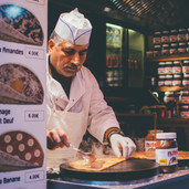 adult-bar-chef-1397514.jpg