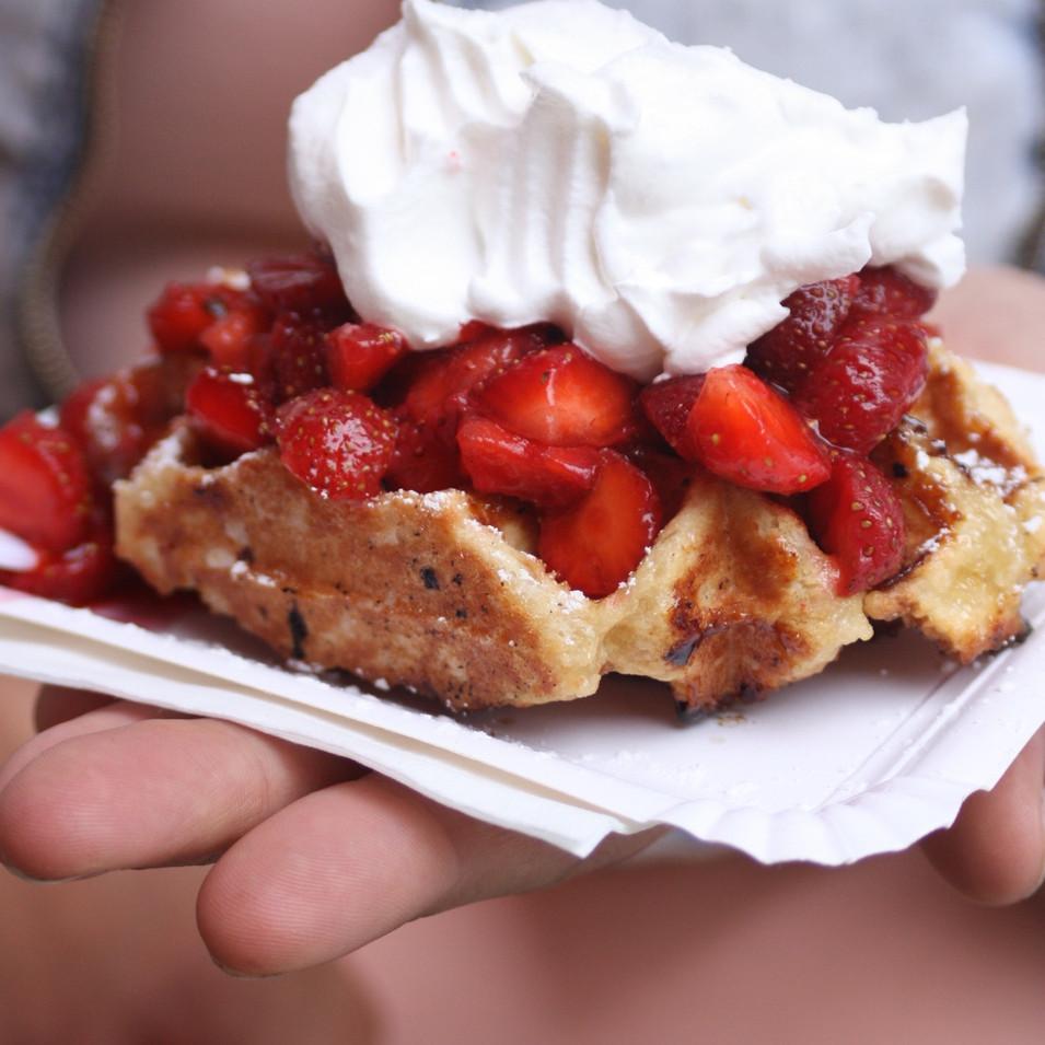 baking-berries-blur-667668.jpg