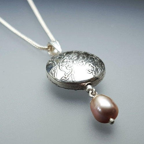 Japanese Pearl and Bead