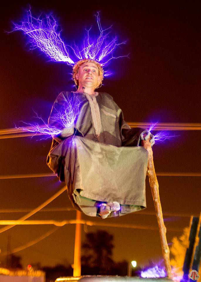 Special Head levitates on the mighty Tesla Coil 1