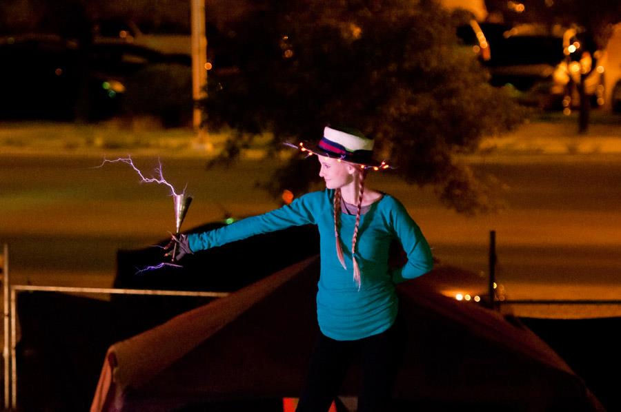 Wendy with chalice of sparks 1