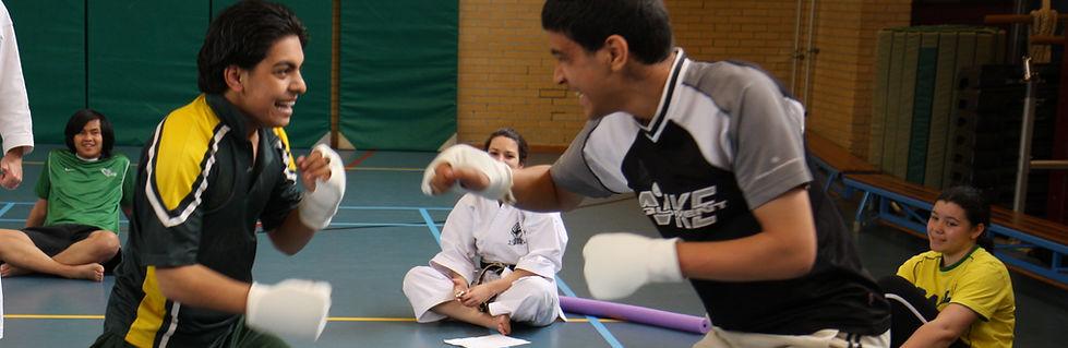Karate VSO 24-4-2008 041.JPG