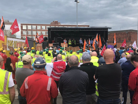 Unions save all jobs at Harland and Wolff after 3 weeks strike