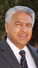Dr. Manny Fernandez