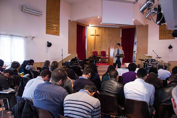 José Martín teaching in Madrid, Spain to a group of church planters