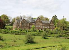 Kirche von Holler - Aktivitäten Eifel Umgebung Binsfeld