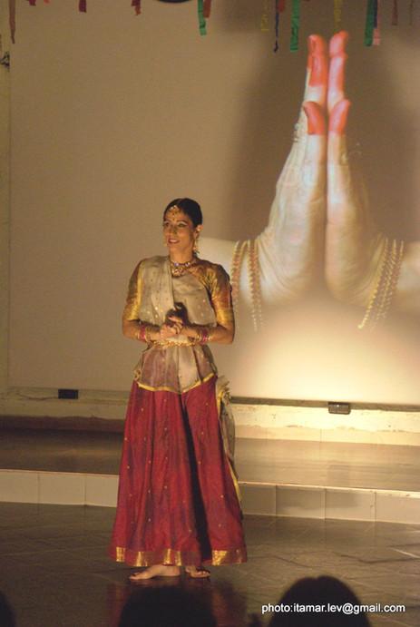 18-הופעה של מאילה במהפכה של אהבה 172.jpg