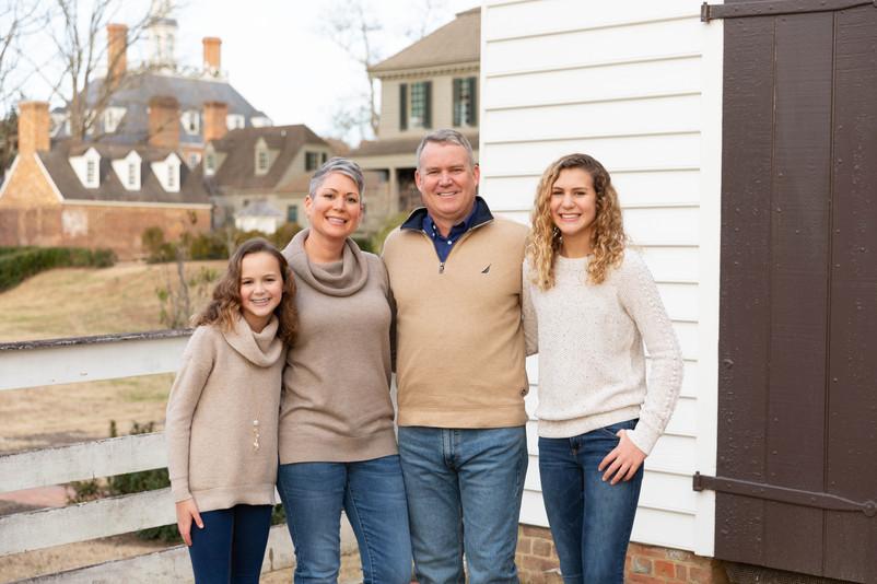 colonial williamsburg family photos