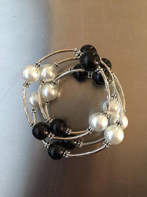 black/white shell pearl wrap bracelet