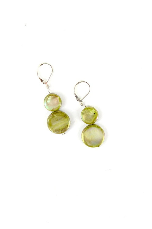 mother of pearl earring-pea green