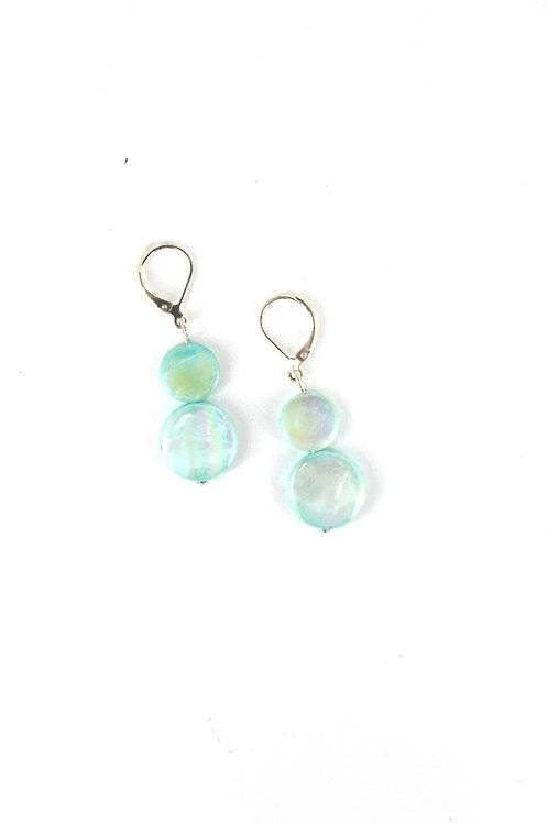 mother of pearl earring-light teal