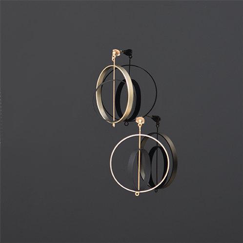 Axle Earrings (Gold Black)