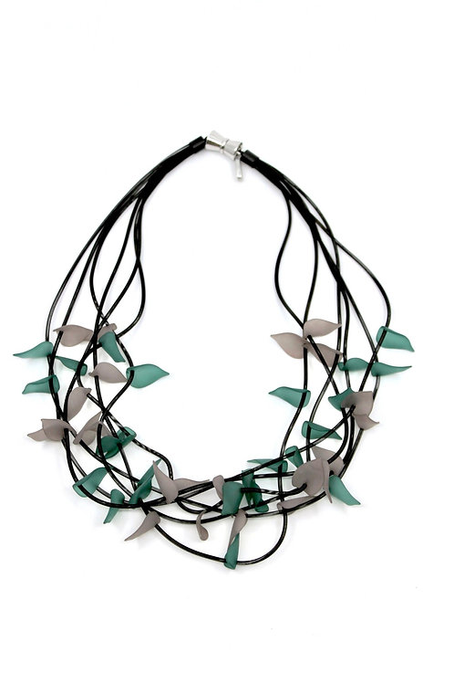 short 6-strand black wire w/green&gray resin leaves necklace