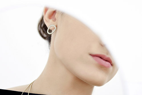 Doodle Ear Studs Satin Silver