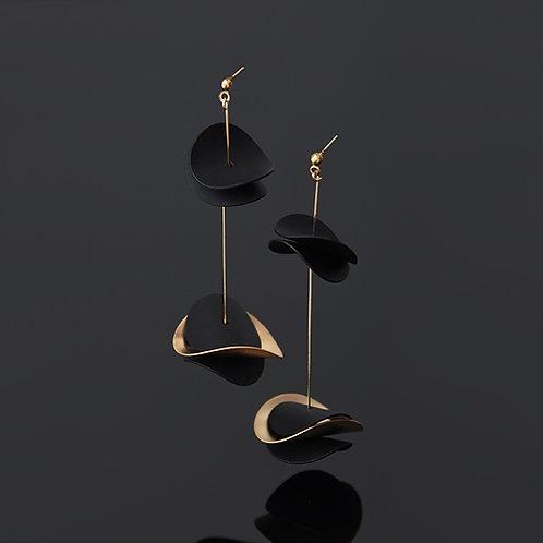 Ottilie Earrings (Gold Black)