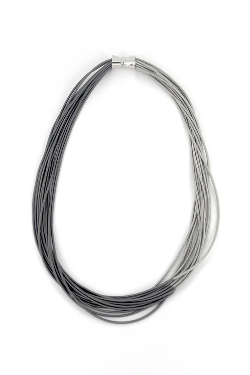 short silver-sl pw necklace on bias