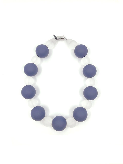 blue and white frosted beads necklace