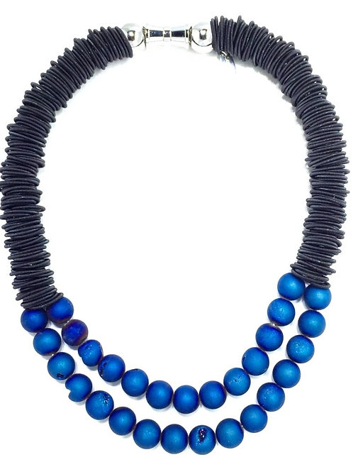 black spring ring necklace with 2 layer blue geo