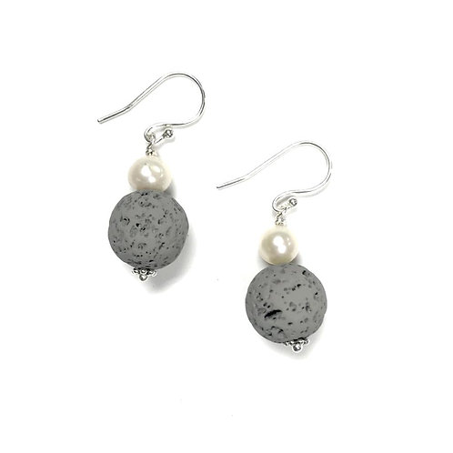 Gray lava earring with pearl