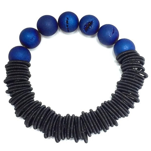 black spring ring bracelet with blue geo