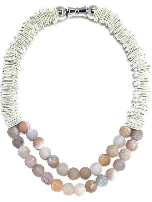white spring ring necklace with 2 layer apricot geo