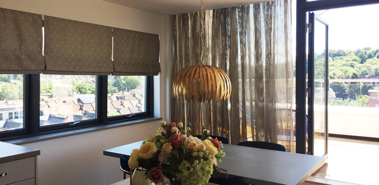 voiles and roman blinds