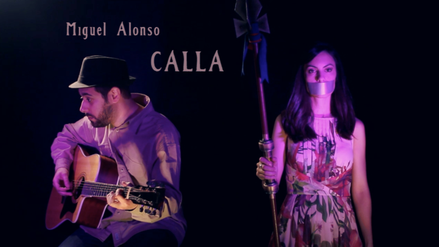 "Vídeo musical ""Calla"""