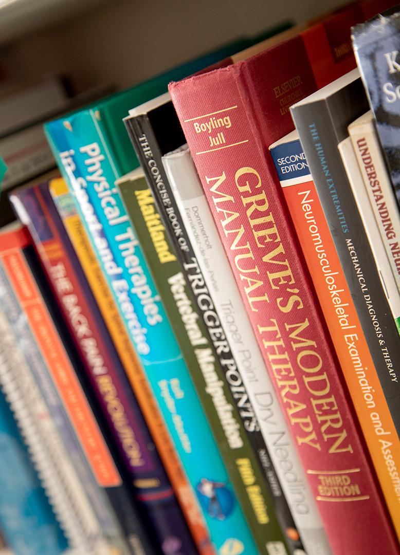 דביר חן ספריה