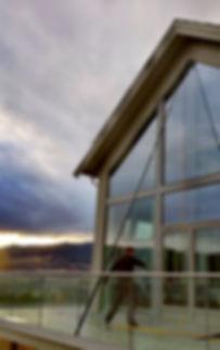 Maredpluss Renhold | Vindusvask i Valdres | Rentvannsanlegg | Vinduspuss