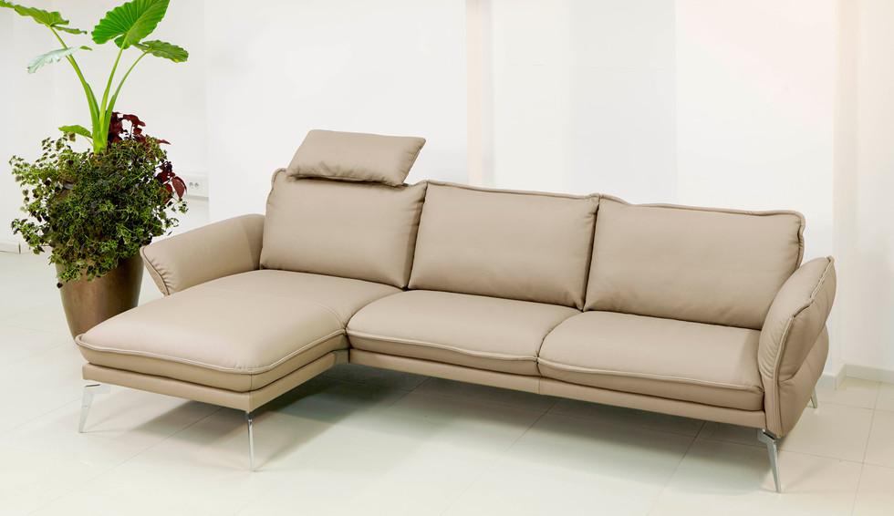 Sedežna garnitura Makani