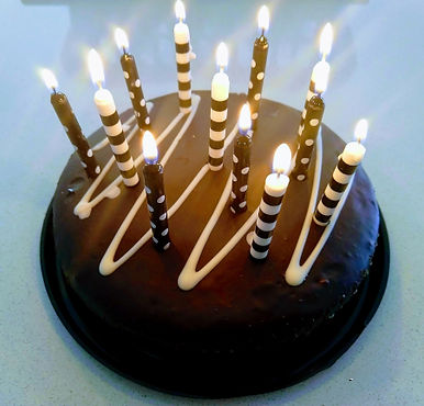 Birthday-cake-with-candles.jpg