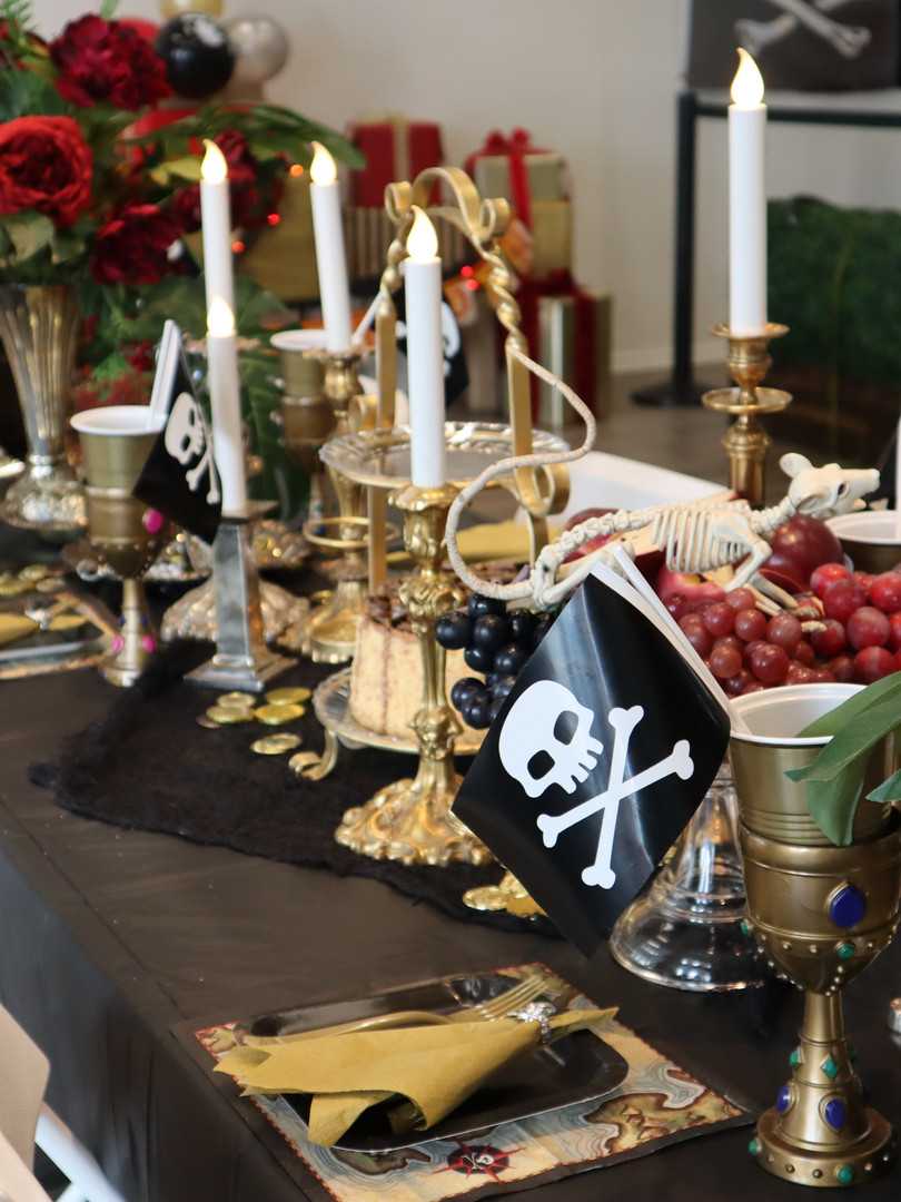 Banquet table - pirate party