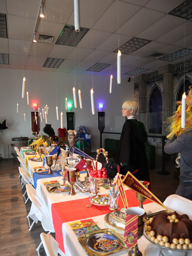 Banquet table - Wizard Party