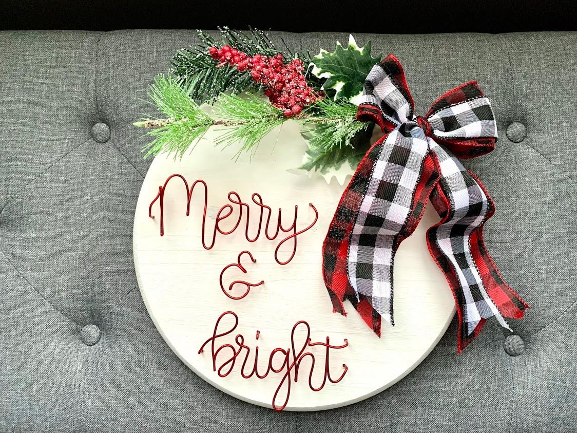 Merry & Bright Round