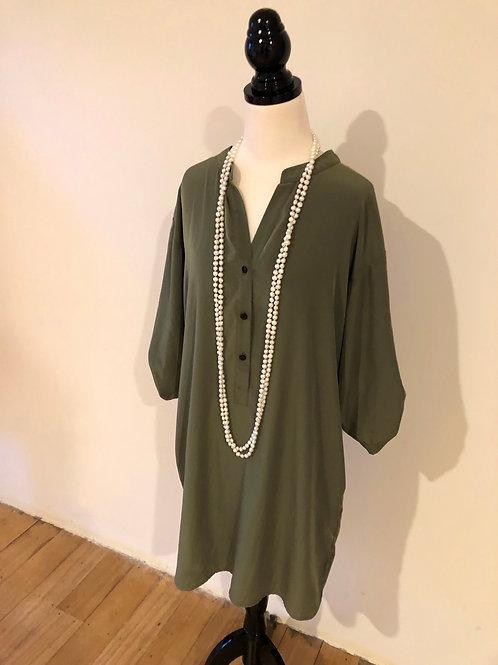 Designer Kenneth Cole winter dress