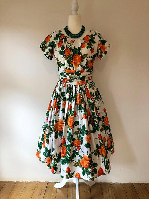 Vintage 1950's cotton floral beauty