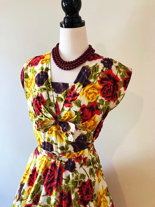 Vintage 1950's cotton floral beauty