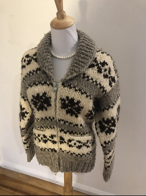 Canadian South American Indian made pure wool knit rare jumper