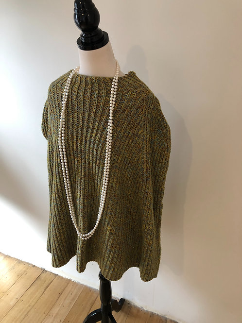Vintage soft wool blend olive cape