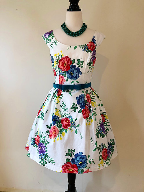 Review 1950's style floral cotton sateen frock