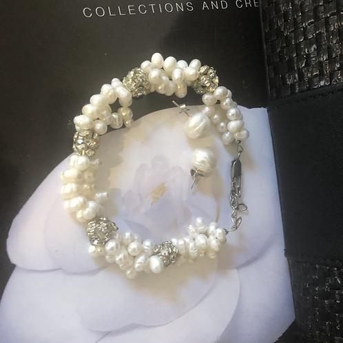 Vintage sea pearl bracelet and earrings