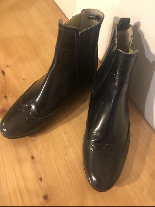 Boden designer boots