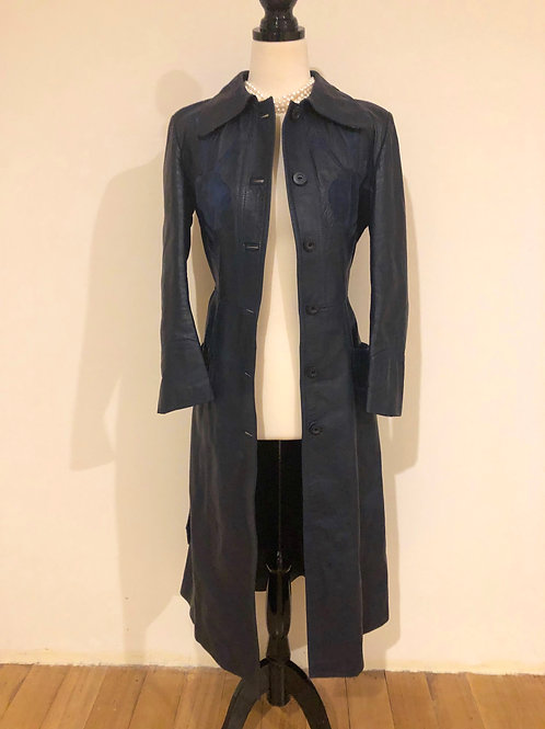 Vintage 1970's long navy trench💙