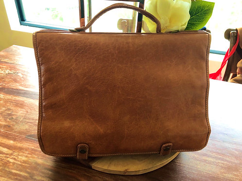 Vintage 1970's tan leather satchel