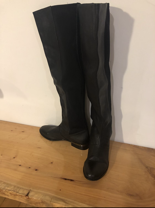 Wittner brand new long leather boots