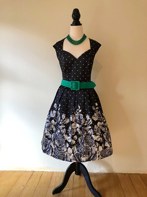 Review gorgeous black and white rose print frock