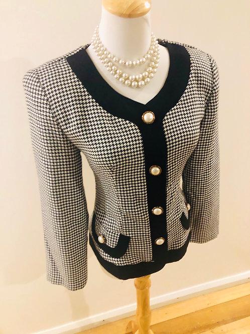 Vintage 1980's Chanel look jacket
